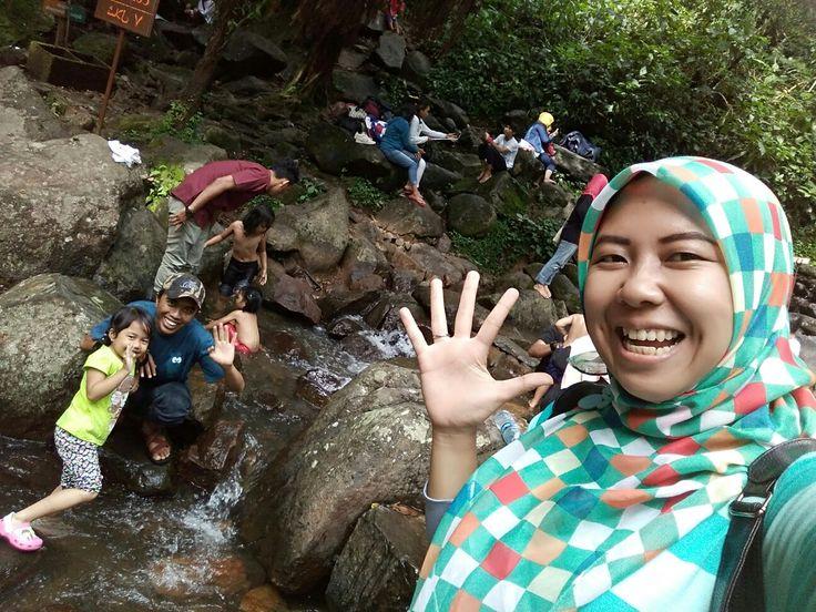 Say haiii....@curug cilember,cisarua,bogor,Indonesia
