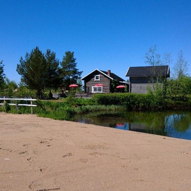 Toinen messuravintola, vuonna 1978 perustettu kalaravintola Lohilaakso.