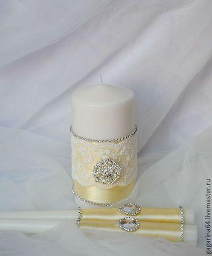 Купить или заказать Свадебные свечи 'Богемия' в интернет-магазине на Ярмарке Мастеров. Свадебный очаг и родительские свечи , украшенные сверкающими брошками, кристаллами и кружевом. Пожалуйста, перед покупкой ознакомьтесь с правилами магазина!…