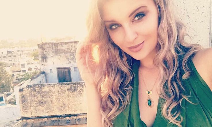 The beautiful and sassy @sacha_stejko_photography shows how to rock our new malachite necklace which is coming soon  Designed exclusively for @thepaintedpeacockprojectnz  these are a limited edition range and will be available by pre-order Oct 5 for delivery Dec 5 or avail at our exhibition at Allpress Gallery Dec 5-10.  . . . . . #collaboration #friends #travel #India #inspiration #Udaipur #ourgift #girlbosses #nzartists #streetart #flame #spraypaint #adventures #nzwomen #couragemylove ...
