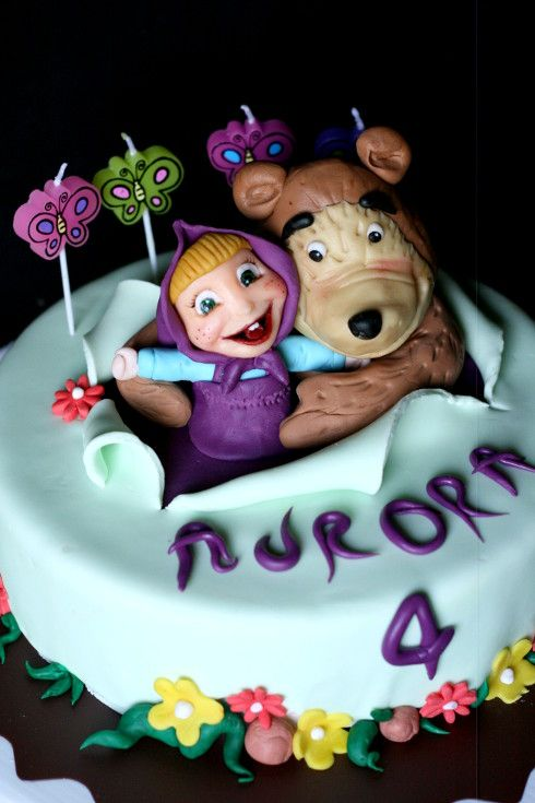 #Masha e #Orso #cake