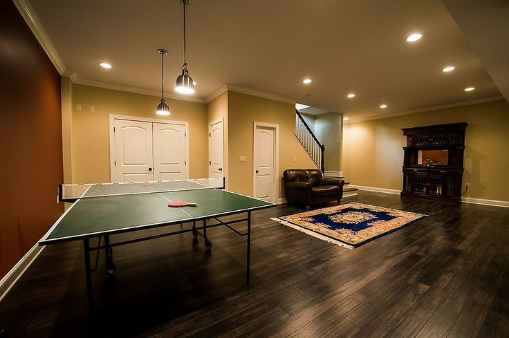 83 best images about ultimate man caves on pinterest traditional skylights pool tables and - Basement design layouts ...