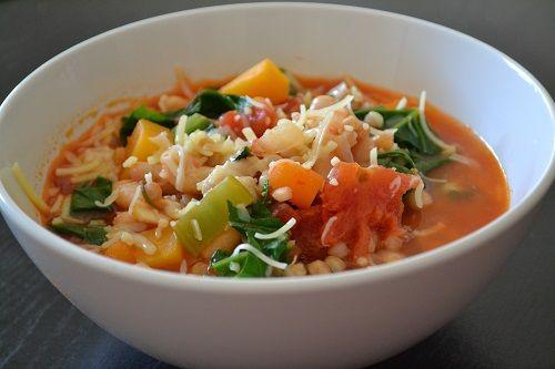 Supă italiană minestrone