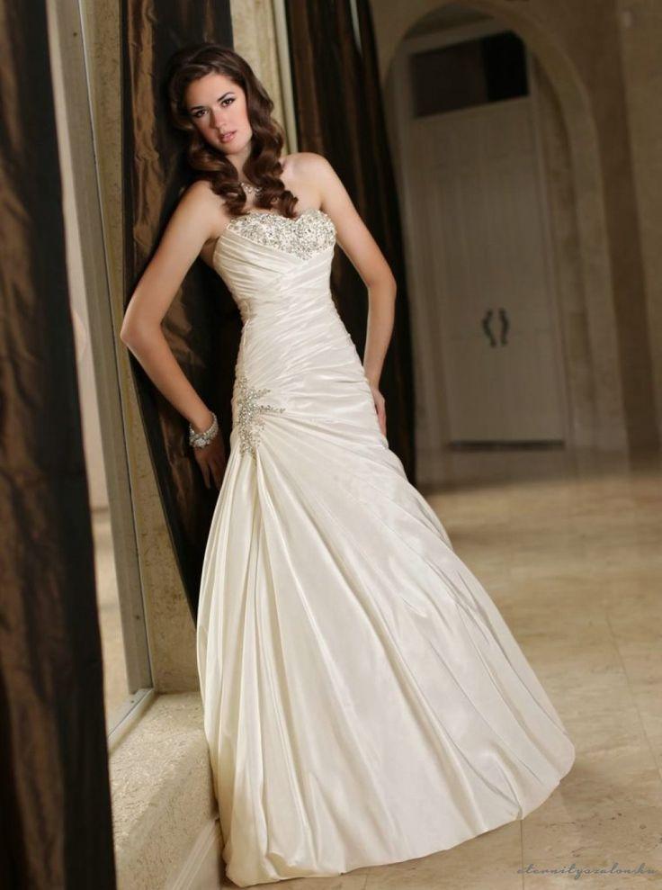 Sonia Beige menyasszonyi ruha