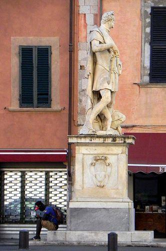 Piazza Carrara - Pisa