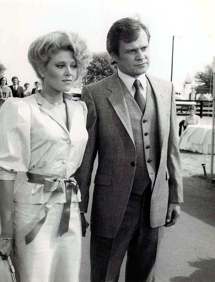 Dallas TV Show | Audrey Landers and Ken Kercheval as Afton Cooper and Cliff Barnes