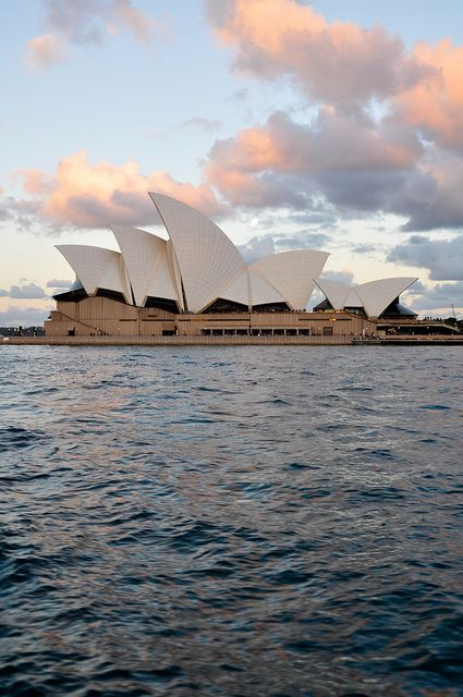 Wanna go and see the opera house!