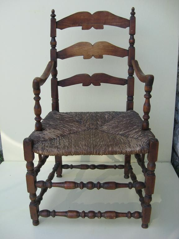 "French Canadian armchair 18th century ""Capucine"""