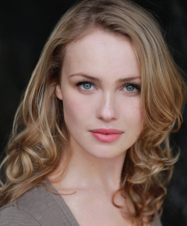 Hannah New - Added to Beauty Eternal - A collection of the most beautiful women.