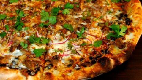 Pizza Brain's Esteban Destino Pizza