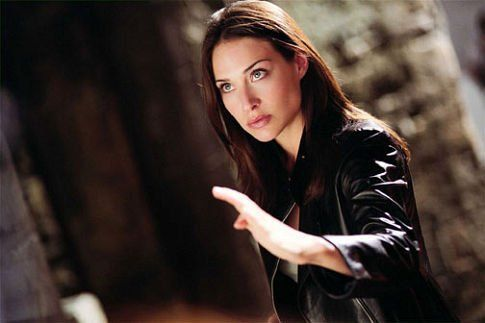Still of Claire Forlani in The Medallion (2003)
