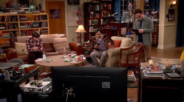 Will the guys get #StarWarsTheForceAwakens tickets or fail their mission? The Big Bang Theory, May 2016