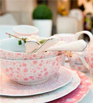 Rose&Tulipani | Ventas en Westwing. REGÁLATE FLORES  Los estampados florales y románticos tanto en vajillas como textiles es una característica muy habitual en las casas de campo inglesas.