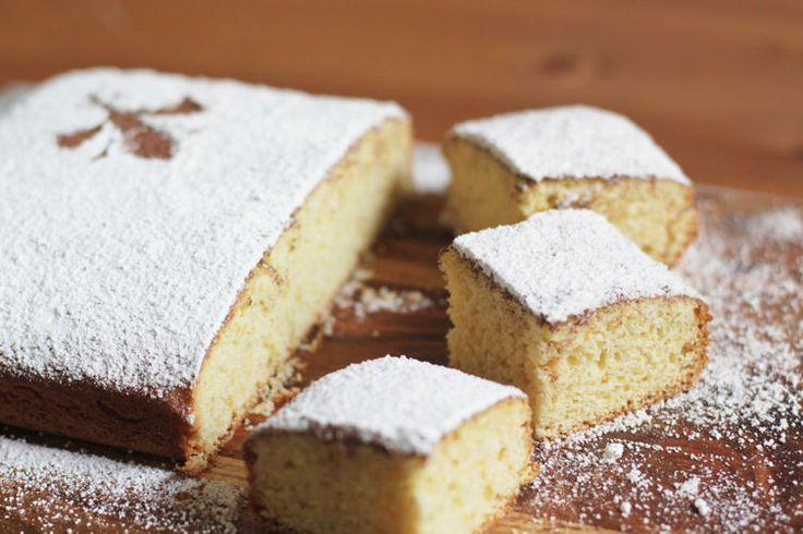 DOLCI di Carnevale in Italia: on solo frittelle, castagnole o chiacchiere. Carnevale può infatti essere la ricorrenza giusta per rispolverare le ricette di famiglia, le storie di un territorio che è un mosaico di tradizioni gastronomiche, difficilmente uguagliabile.