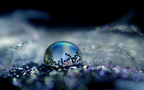 pretty reflectionsBall, Take Pictures, Waterdrop, Macro Photography, Snow Globes, Beautiful, Glitter Photography, Blowing Bubbles, Water Droplets