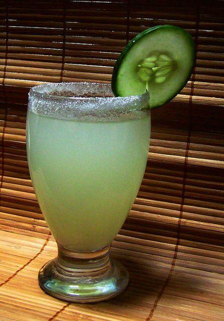 Cucumber Limeade {Agua de Pepino}