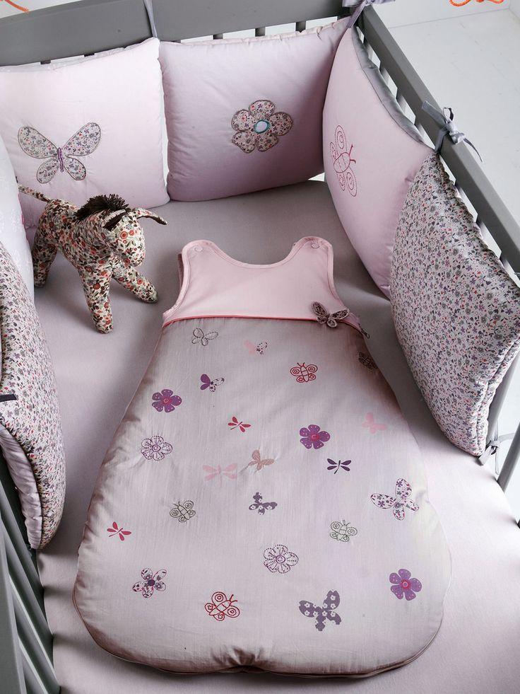 Tour de lit bébé modulable brodé papillons, Puériculture
