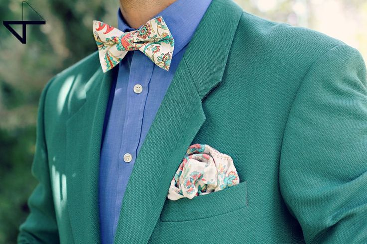 Floral bow tie and square pocket by VT MAŠNE