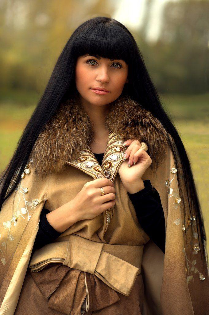 Dark Guide Russian Woman