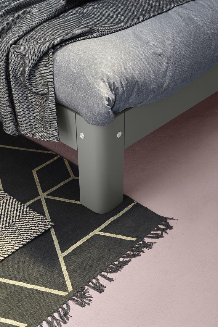 Auping Auronde - der Designklassiker wurde 1972 von Frans de la Haye entworfen. Hier in der Farbe Warm Grey. #bett #schlafzimmer #bedroom #bed #interior #homedecor #einrichtung #cradletocradle