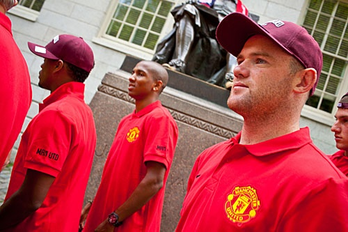 Wayne Rooney and his Manchester United teammates check out Harvard Yard