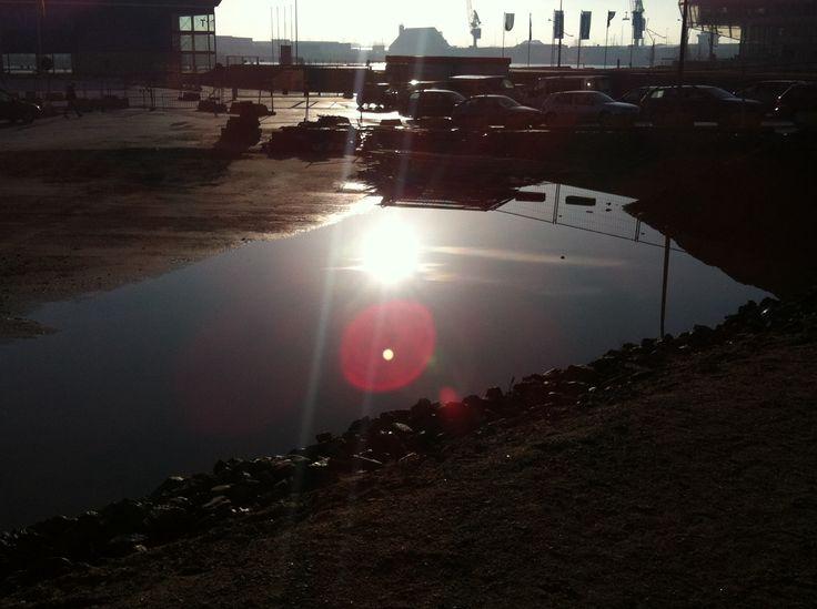 Port of Hamburg, HafenCity, light reflections on construction site