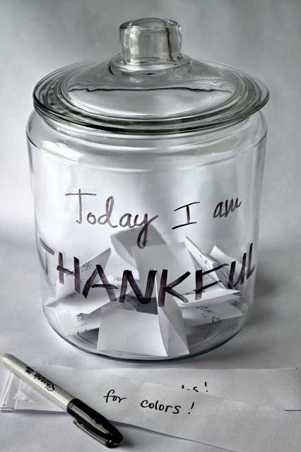 Untrendy Life: Today I am Thankful Jar
