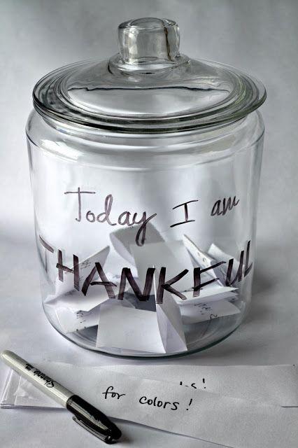 Untrendy Life: Today I am Thankful Jar