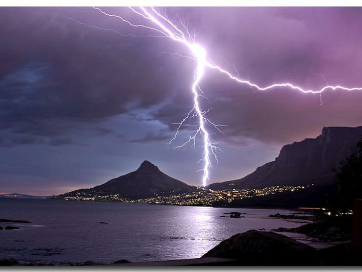 Not a sight often seen in Cape Town.  This is not my photo but I can't find who to credit for it