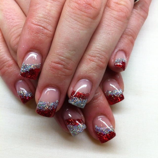 Holiday Gel Nail Designs: 1000+ Ideas About Christmas Gel Nails On Pinterest