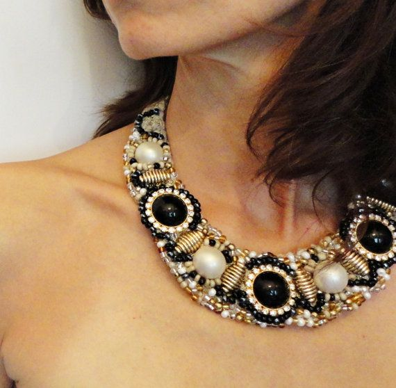 Black & white stones necklace necklace with by AzzurroTerra, €58.00