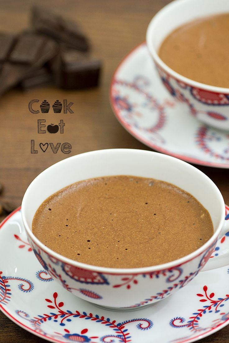 Mousse de Chocolate - Cook Eat Love