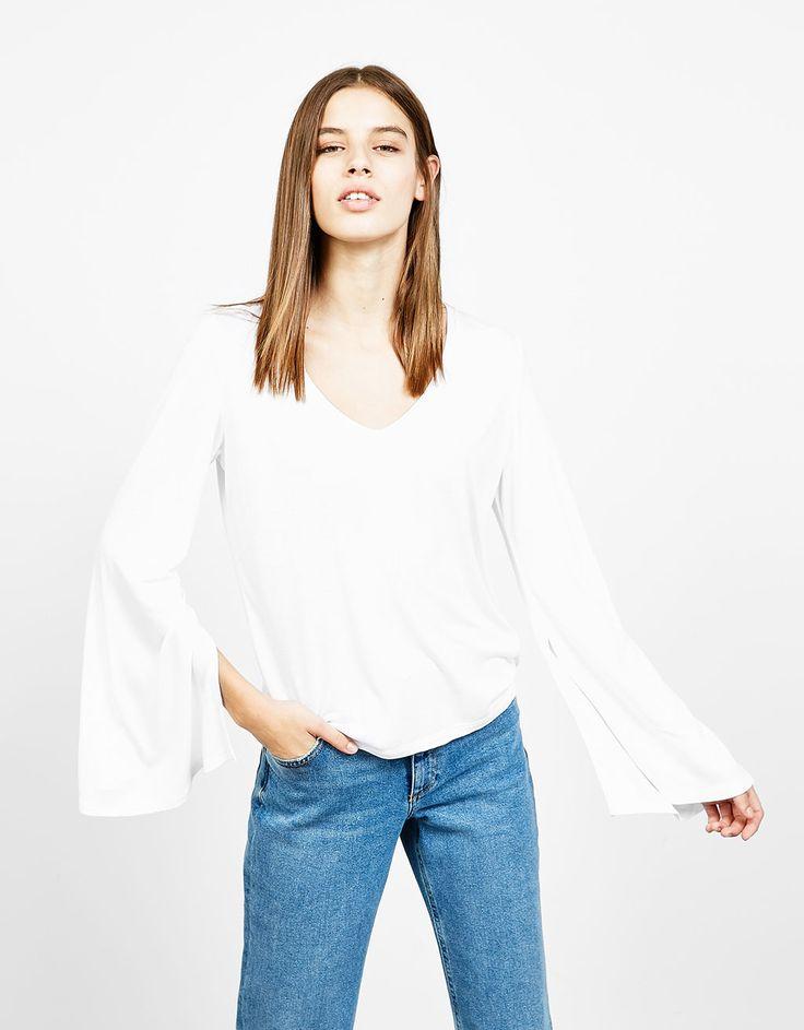 Camiseta viscosa manga campana - Camisetas - Bershka España