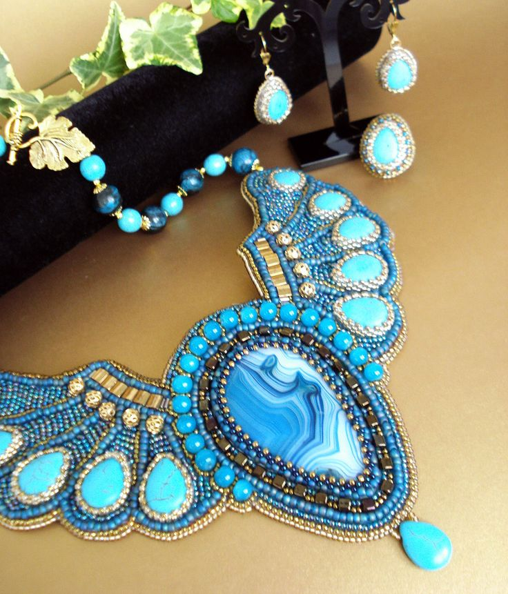 Bead-embroidery by NellyDesign