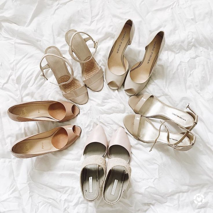 If we lived by Carrie Bradshaw's rules, then we could never have too many shoes. Sometimes, we think that may be the case. However, we don't have the budget