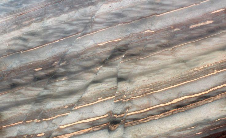 Elegant Brown: Quartzite   OLLIN STONE