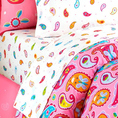 paisley dreams toddler sheet set little girls will love this fanciful design the 100