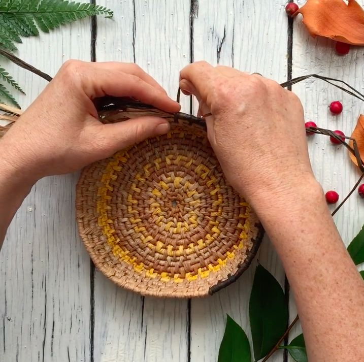 basket weaving with naturally dyed raffia by Ellie Beck Petalplum. Hand stitched basket making. The Creative Year course.