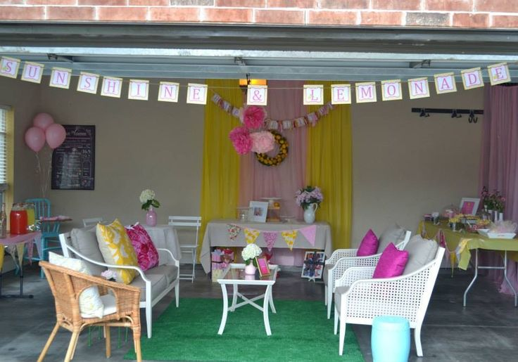 Gracie's Pink Lemonade Party. Garage party!