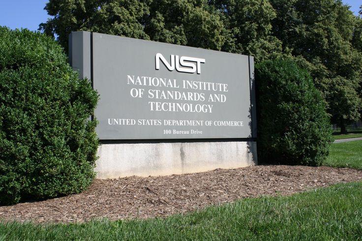 Алгоритм разработчиков FindFace занял первое место в рейтинге от властей США: https://lenta.ru/news/2017/05/29/ntechcool  Таким образом, компания NTechLab получила право на участие в гостендерах США.