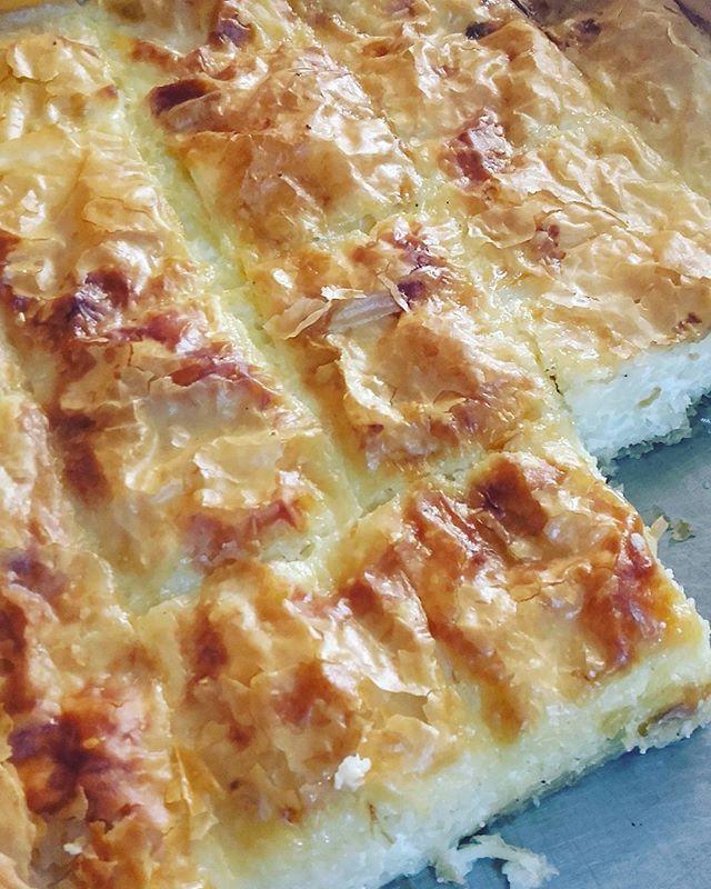 Pasta pie (makaronopita) for Sunday lunch Μακαρονόπιτα για το κυριακάτικο…