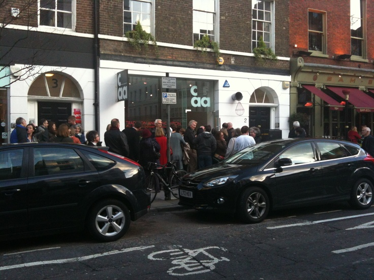 How often is there a queue to get into a ceramics private view?! This was the line waiting patiently at Contemporary Applied Arts last night for 'Tradition and Innovation: Five Decades of Harrow Ceramics'. The exhibition runs until Saturday 9 June, for more details see http://www.caa.org.uk/exhibitions/archive/2012/tradition-and-innovation-five-decades-of-harrow-ceramics.html