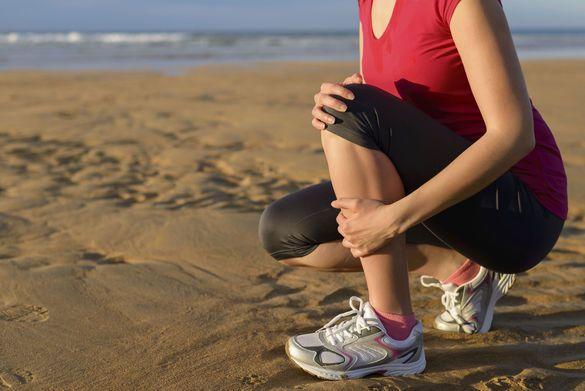 Les vacances sont souvent l'occasion de se remettre au tennis, au jogging ou au beach-volley.... Et sont aussi l'occasion de tendinites de la cheville ou du genou, faute de s'être bien échauffé ! Voici quelques recettes naturelles pour soulager l...