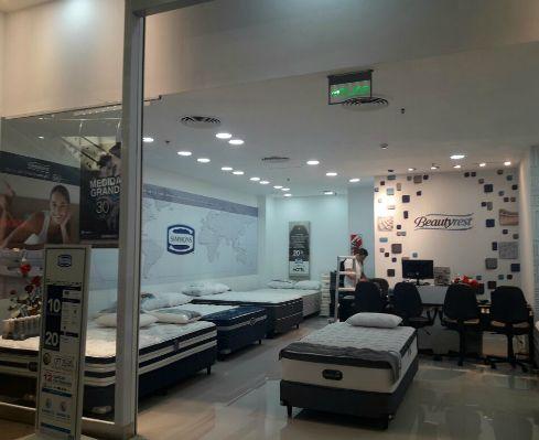 Diseño de locales comerciales para marcas – Simmons – GRC Arq. Comercial