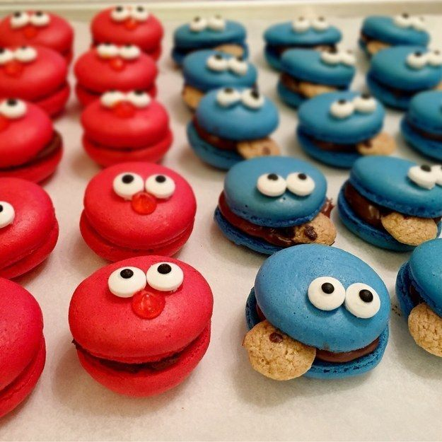 These Elmo & Cookie Monster macarons. | 34 Pictures Of Circular Food That Make The World A Little Brighter