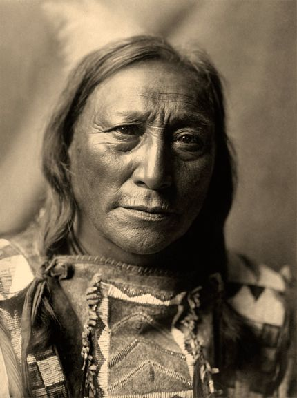 Hollow Horn Bear - Edward Curtis