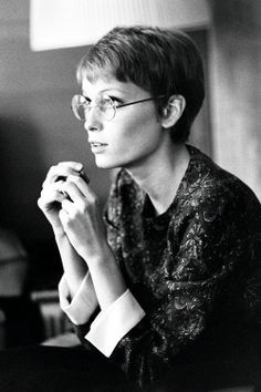 Mia Farrow on Pinterest | Mia Farrow Pixie, Young Actresses and Dandy