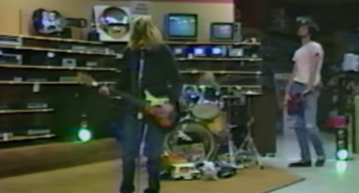 New Footage Of a Dave Grohl-Less Nirvana Playing An Electronics Store In 1988