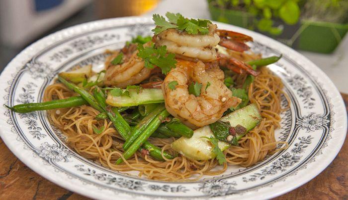 Low GI Spicy Sichuan Pepper Prawns - Good Chef Bad Chef