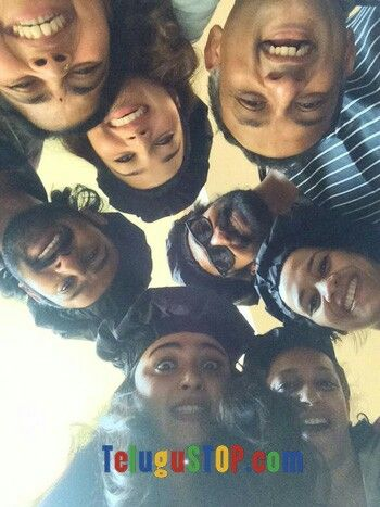 Prabhas, Baahubali team! Cute pic